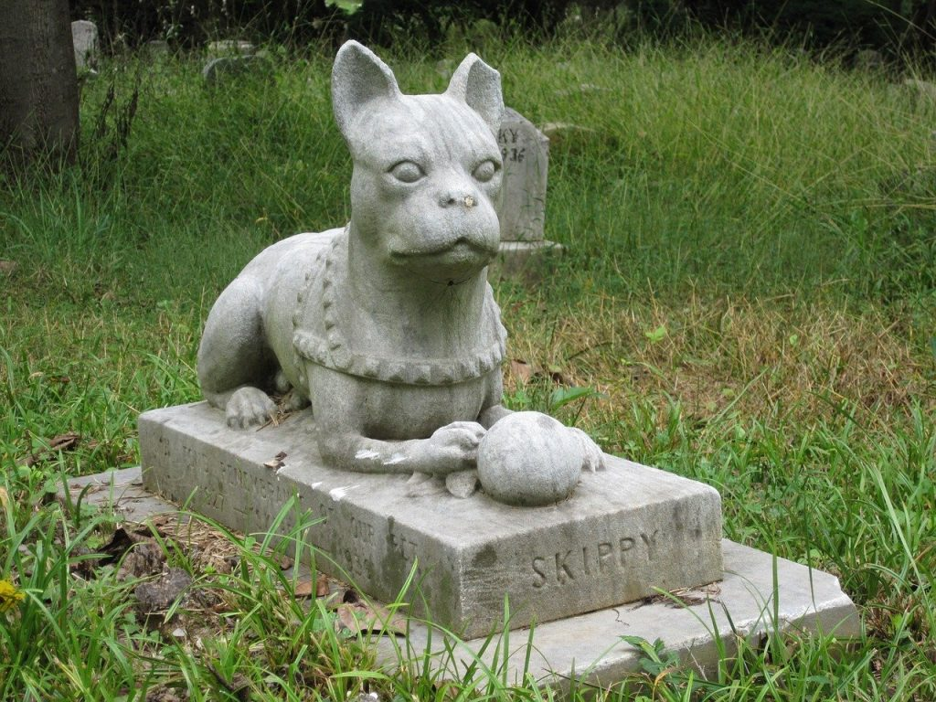 Pet Burial Markers – Commemorate Your Pet's Resting Place